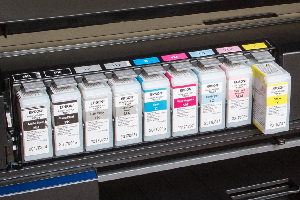 Il set di inchiostri di una stampante inkjet Epson